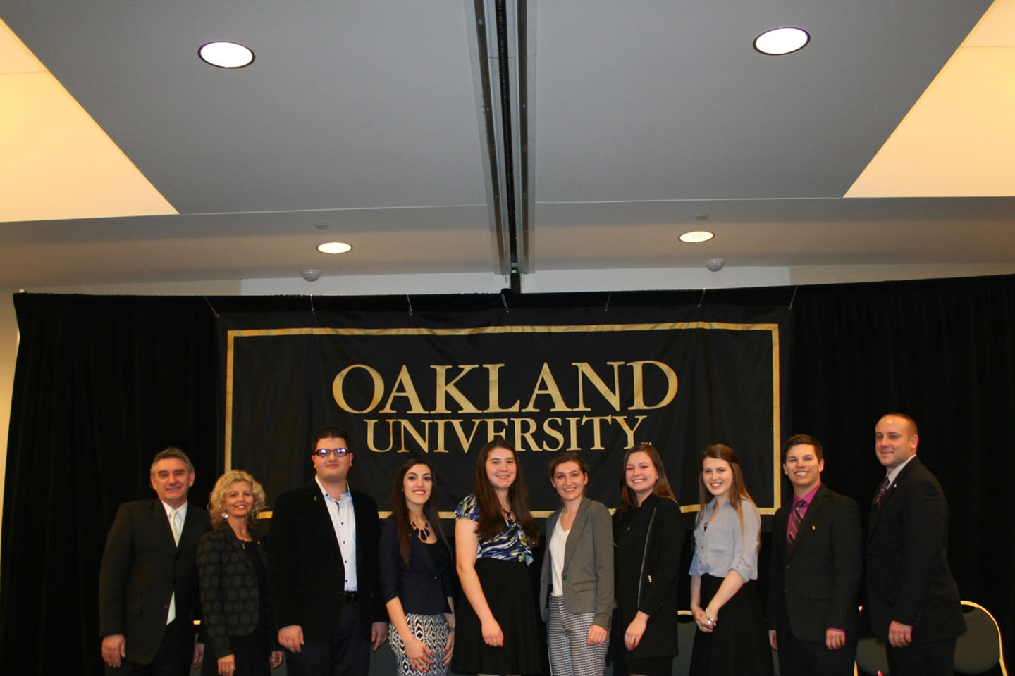 oakland university honors college thesis Honors college student conducts research in bolivia, recognized with senior thesis honors college students awarded national jo anne j trow scholarships.